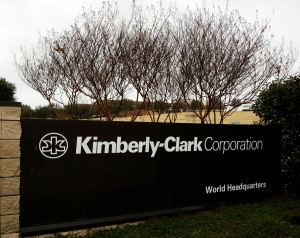 Kimberly-Clark falsely claimed surgical gowns protected against disease: lawsuit