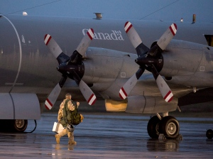 A CP-140M Aurora reconnaissance aircraft prepare to leave CFB Greenwood in Nova Scotia's Annapolis Valley on Friday, October 24, 2014. The aircraft and personnel participated in Operation IMPACT, as part of Canada's contribution to the war against ISIS. (Andrew Vaughan / THE CANADIAN PRESS)