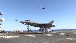 F-35C makes arrested landing in San Diego