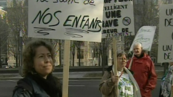 Those protesting Hydro Quebec smart meters are worried that radio waves may have an impact on human health, despite all evidence to the contrary (March 19, 2012)