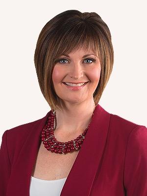 Erin Isfeld bio picture