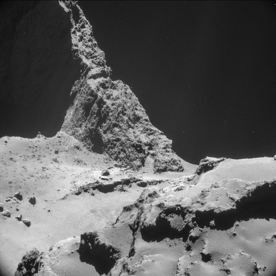An image taken by Rosetta's NAVCAM of Comet 67P/Churyumov-Gerasimenko at less than 10 km from its surface in October 2014. (ESA / Rosetta / NAVCAM)