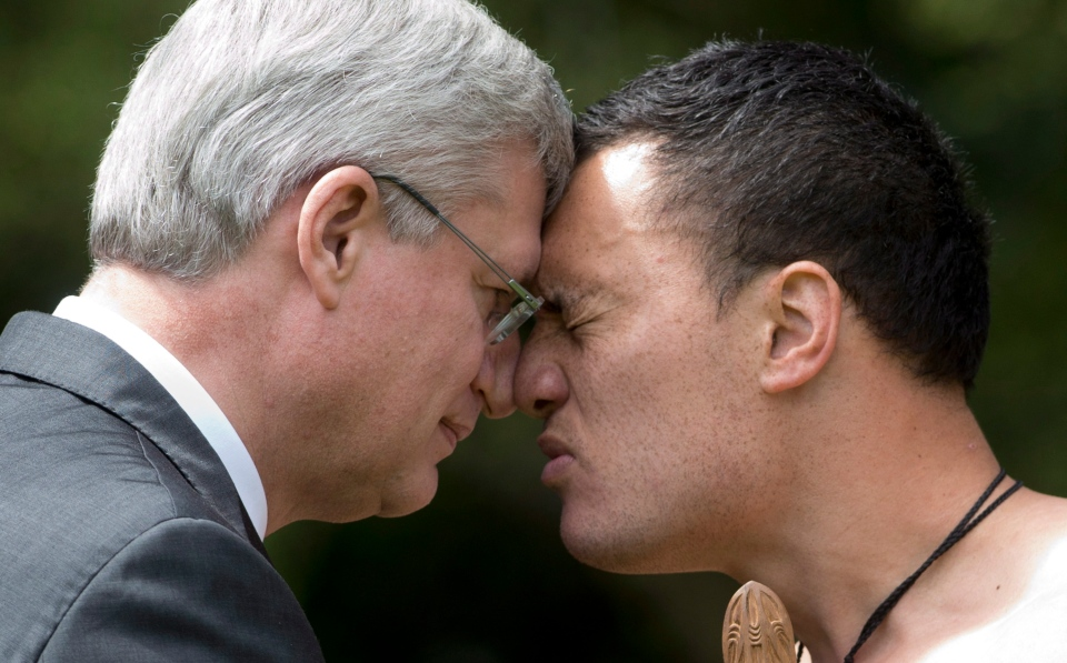 Harper rubs noses with maori warriors ahead of meeting with new photos m4hsunfo