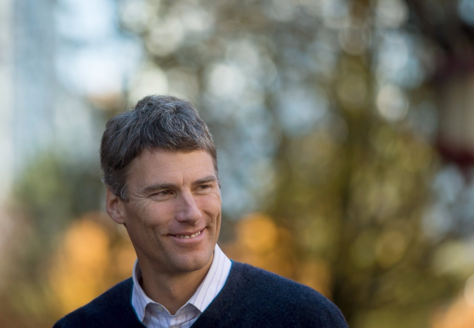 Vancouver Mayor Gregor Robertson, of the Vision Vancouver party, smiles as he arrives to campaign in Chinatown in Vancouver, on Thursday November 13, 2014. (Darryl Dyck / THE CANADIAN PRESS)