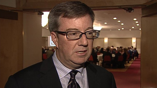 Mayor Jim Watson says he will turn down a $2 million offer from the family of a late businessman to build an LRT station on Elgin Street.