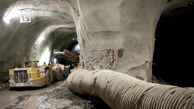 Ottawa's LRT Tunnel at Lyon Station