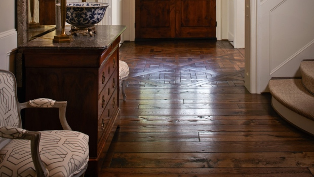 Mixing & Matching Wood Stains in Your Home