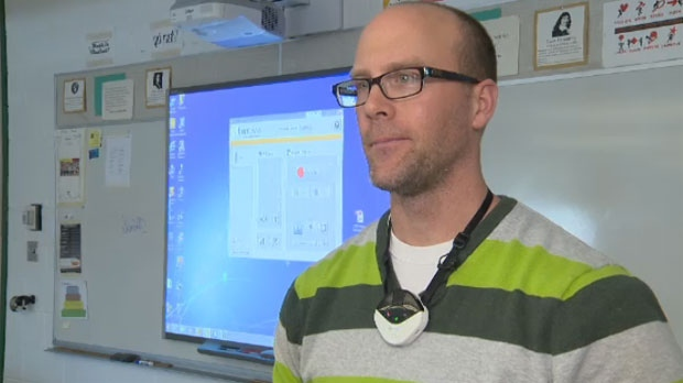 Math teacher Keith Goetz wears the device around his neck during class and it records everything he says. It also syncs with his lesson on the classroom smartboard. After each class, Goetz uploads the lesson online.