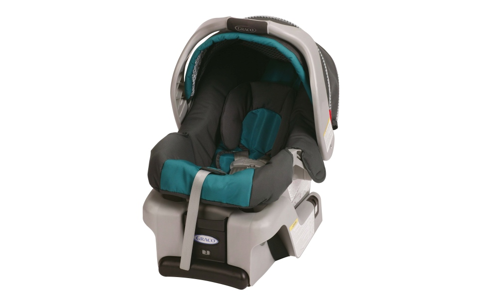 This undated photo provided by Graco Children's Products shows a SnugRide Classic Connect infant car seat. (AP Photo/Graco Children's Products)