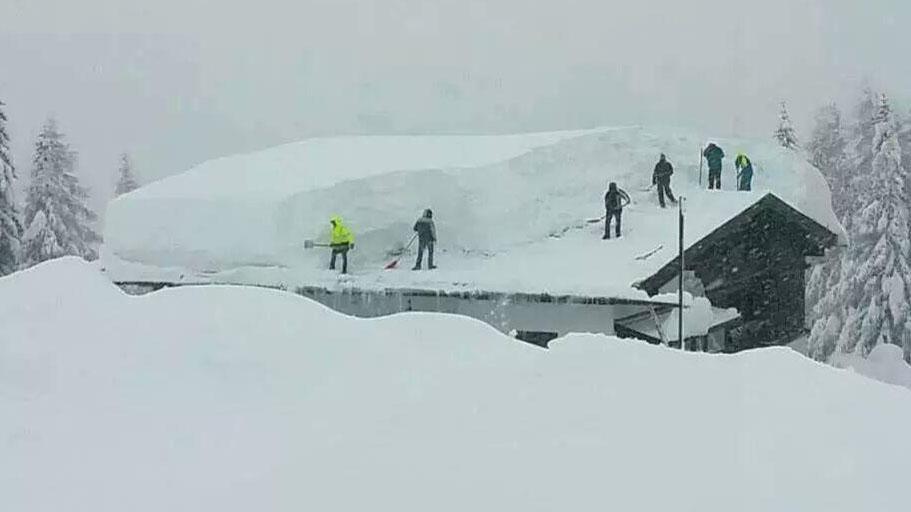 Buffalo Storm Digging Out After Record Snowfall Ctv News