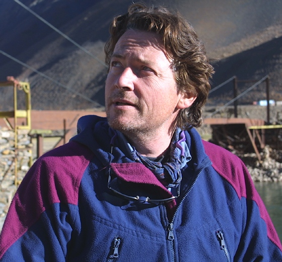 Journalist Arthur Kent is photographed while in Afghanistan in November 2001.
