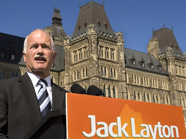 NDP Leader Jack Layton fields questions during a campaign stop on Parliament Hill in Ottawa on Friday, Sept. 19, 2008. (Andrew Vaughan / THE CANADIAN PRESS)