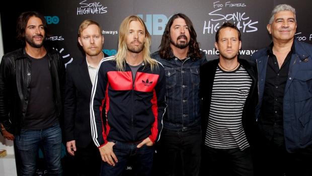Foo Fighters Members : toronto foo fighters fans brave the cold for concert tickets ctv toronto news ~ Vivirlamusica.com Haus und Dekorationen