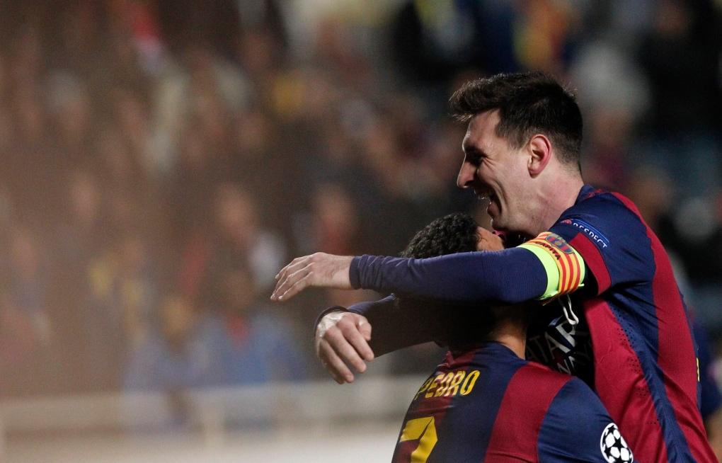 Lionel Messi breaks Champions League record
