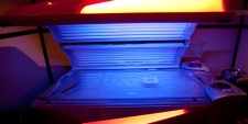 A tanning bed is seen in North Vancouver, B.C. Tuesday, March, 20, 2012. (Jonathan Hayward /  THE CANADIAN PRESS)