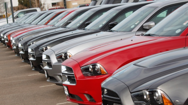 Dodge Dealership Saskatoon >> Deals, low gas prices draw U.S. car buyers in November ...