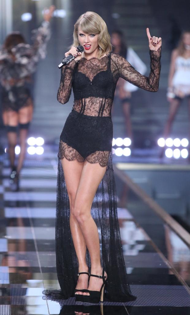 6f1821d58895 Taylor Swift walks the runway at Victoria s Secret Fashion Show ...