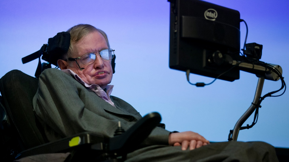 British theoretical physicist professor Stephen Hawking speaks to members of the media at a press conference in London on Dec. 2, 2014. (AFP PHOTO / JUSTIN TALLIS)