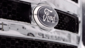 Ford emblem on a 2007 pickup truck in Littleton, Colo., on Jan. 21, 2007. (AP / David Zalubowski)