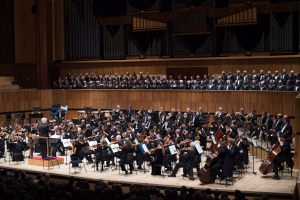Conductor Pinchas Zukerman leads Canada's National Arts Centre Orchestra and the Royal Philharmonic Orchestra in a joint performance at the Royal Festival Hall in London, England, Monday, Oct. 27, 2014. (AP / Tim Ireland)