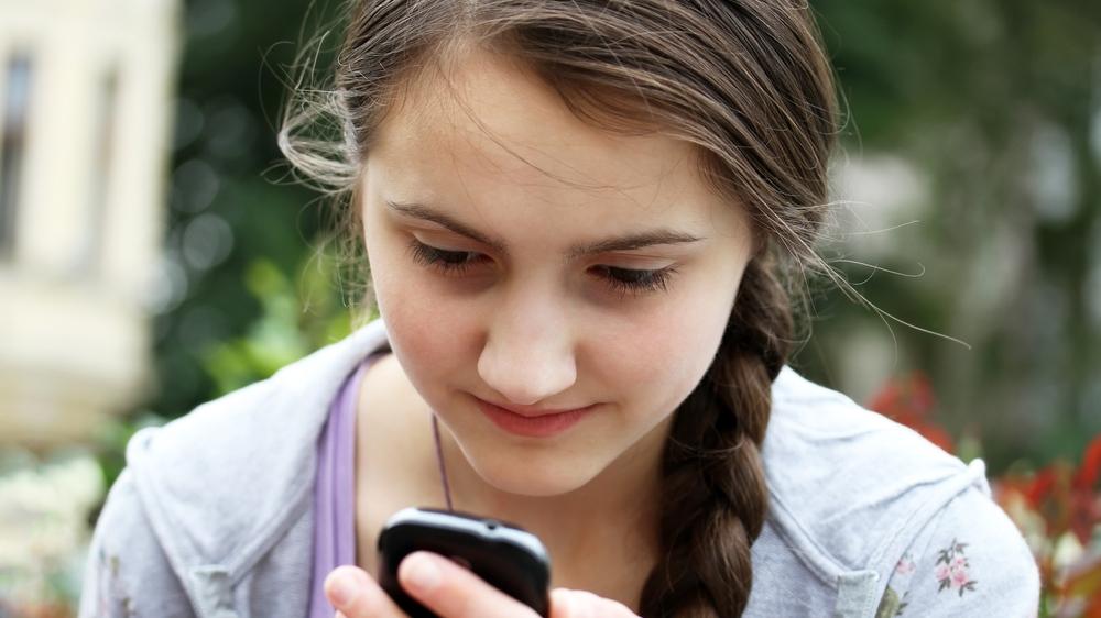 Children and cellphones, smartphones
