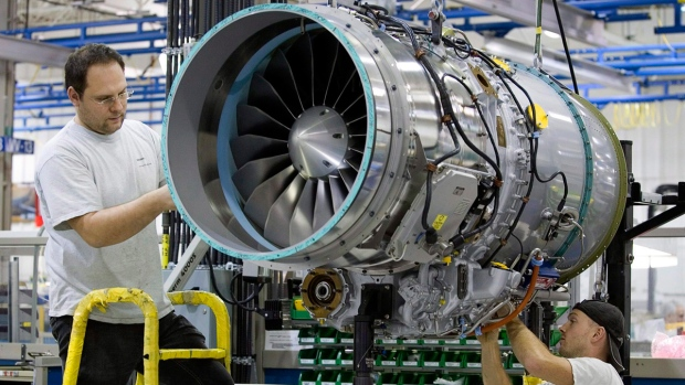 a paper on aircraft industry and pratt whitney manufactures