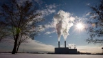 Smoke pours from the stacks at the Portlands Energy Centre in Toronto on Thursday January 15, 2009. (Frank Gunn/THE CANADIAN PRESS)