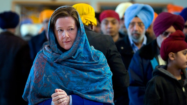 Alberta PC Leader Alison Redford makes a campaign stop at a Sikh temple in Calgary, Alta., Sunday, April 15, 2012. (Jeff McIntosh / THE CANADIAN PRESS)