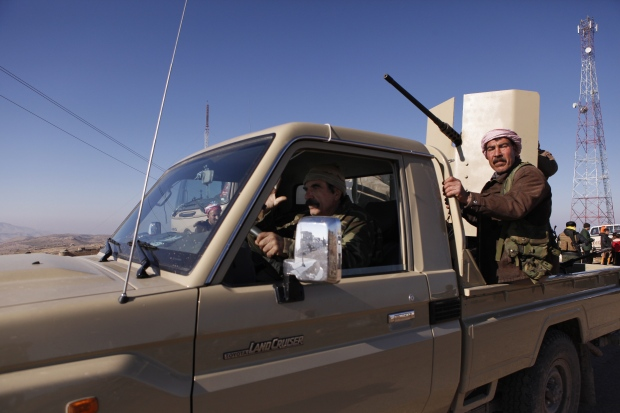 Iraqi Kurds push into Sinjar