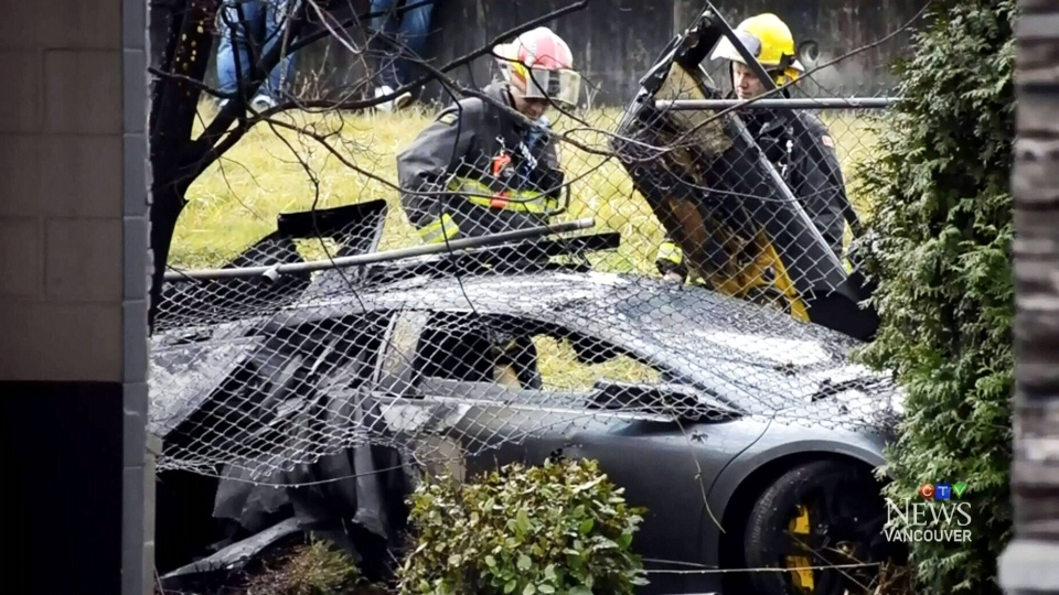 Dodge Weave Crash Lamborghini Driver Totals Car Gets Fined Ctv