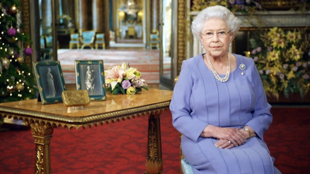 Queen's Christmas message: 'Deeply touched' by selflessness of aid ...