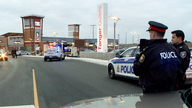 Tanger Outlet Mall Ottawa Police