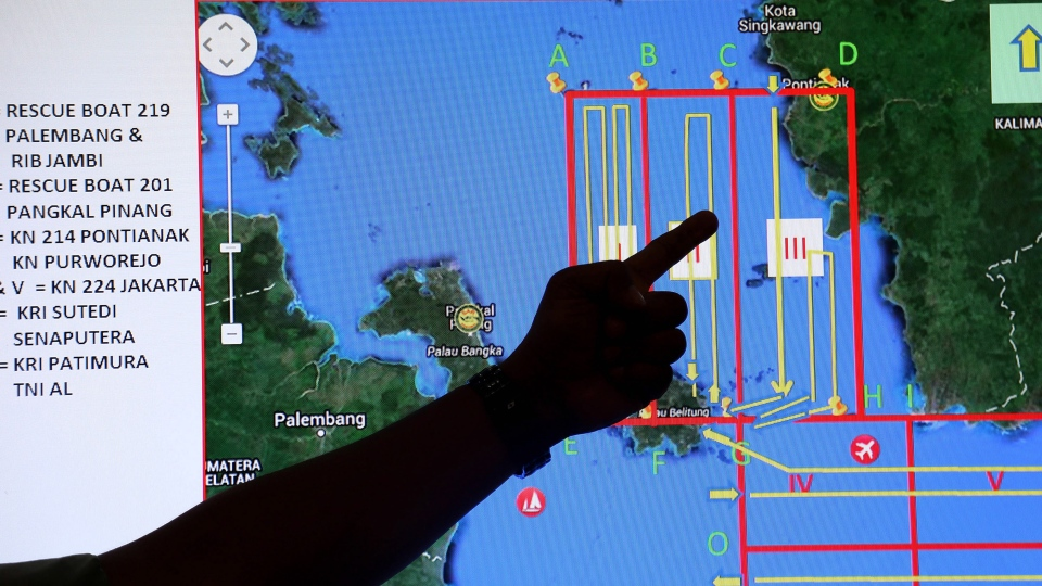 Missing AirAsia plane: Lost jet\'s request for new path denied in ...