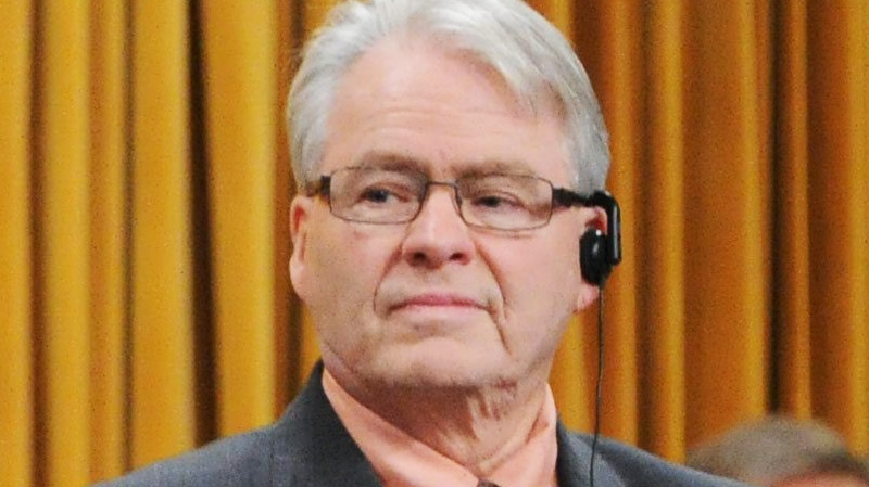 NDP MP Bruce Hyer votes on Bill C-19, a bill to scrap the long-gun registry, in the House of Commons on Parliament Hill in Ottawa on Wednesday, Feb. 15, 2012.(Sean Kilpatrick / THE CANADIAN PRESS)