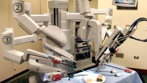 The da Vinci Surgical Robot at a hospital in Pittsburgh, on June 13, 2008. (AP / Keith Srakocic)
