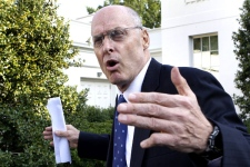Treasury Secretary Henry Paulson speaks to the media about the financial rescue legislation, on Monday, Sept. 29, 2008. (AP / Ron Edmonds)