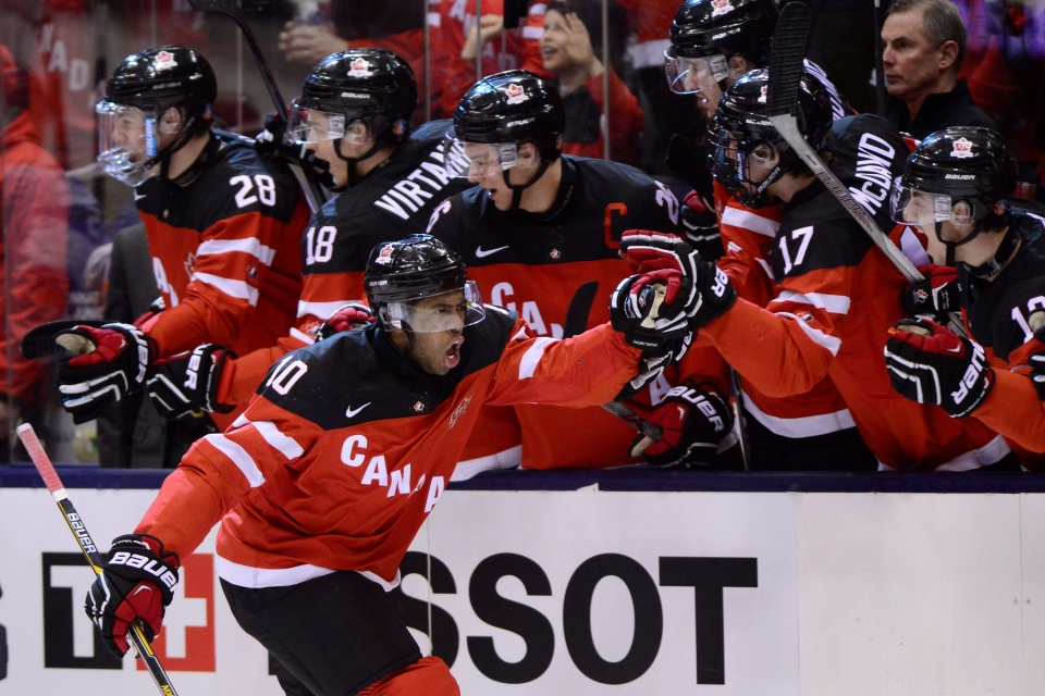 Anthony Duclair scores at World Juniors