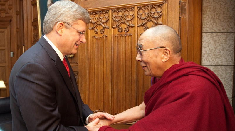 Prime Minister Stephen Harper meets with His Holiness the Dalai Lama, Friday, April 27, 2012.