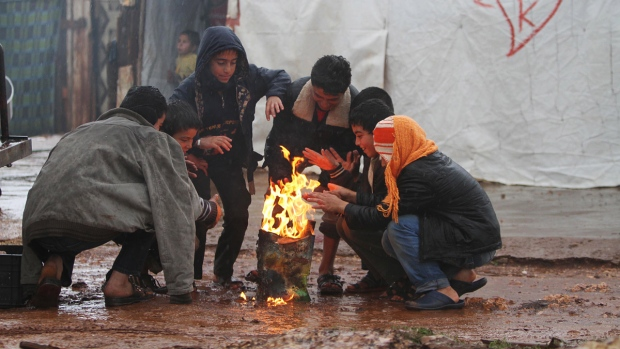 Canada pledges to resettle 10,000 Syrian refugees