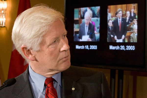 Liberal MP Bob Rae pauses during a campaign event in Toronto on Tuesday Sept. 30, 2008. (Frank Gunn / THE CANADIAN PRESS)