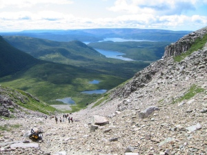 Hikers climb Gros Morne Mountain in western Newfoundland. (Melanie Patten / THE CANADIAN PRESS)