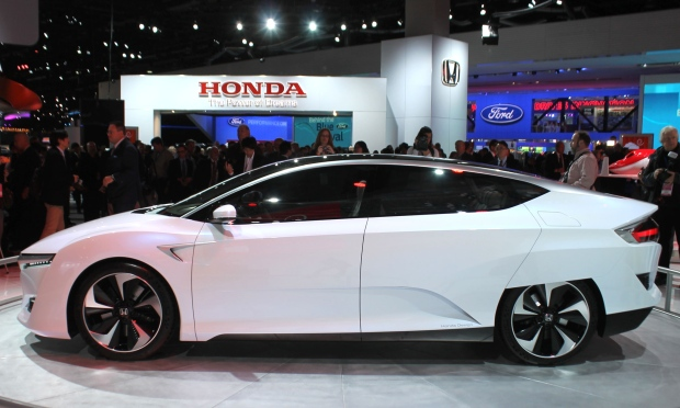 Honda FCV showcased in Detroit