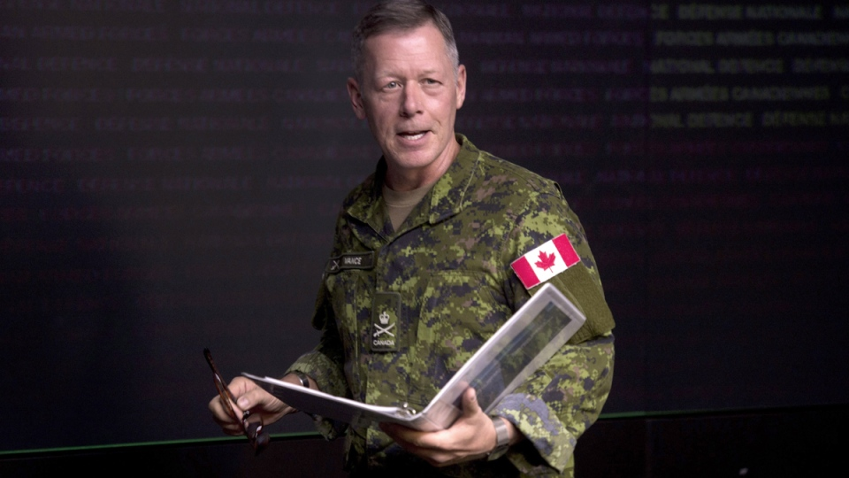 Lt.-Gen. Jonathan Vance arrives for a technical briefing, in Ottawa, Monday, Jan. 19, 2015. (Adrian Wyld  / THE CANADIAN PRESS)