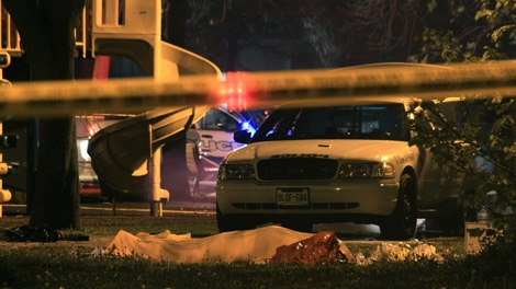 Toronto police investigating a murder after a male was found near Chaplin and Yonge Street, Wednesday, May 9, 2012. (Tom Stefanac / CTV News)
