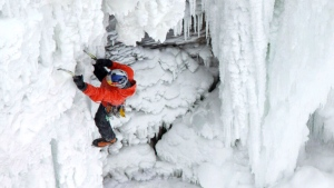 CTV Toronto: Man scales Niagara Falls