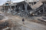The Islamic State group has acknowledged for the first time that its fighters have been defeated in the Syrian town of Kobani and vowed to attack the town again. <br><br>