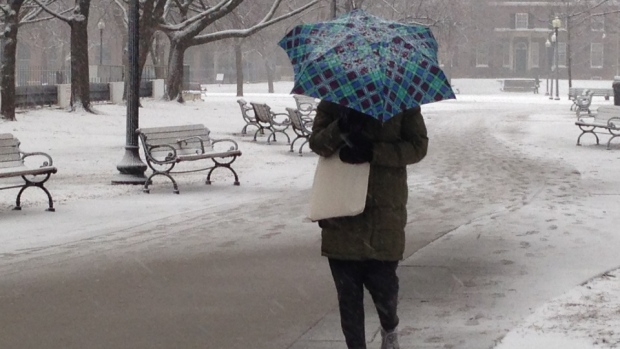 Weather travel advisory with snow on the way for Monday