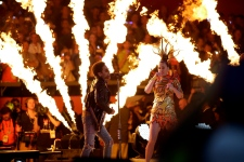 Katy Perry and Lenny Kravitz at Super Bowl