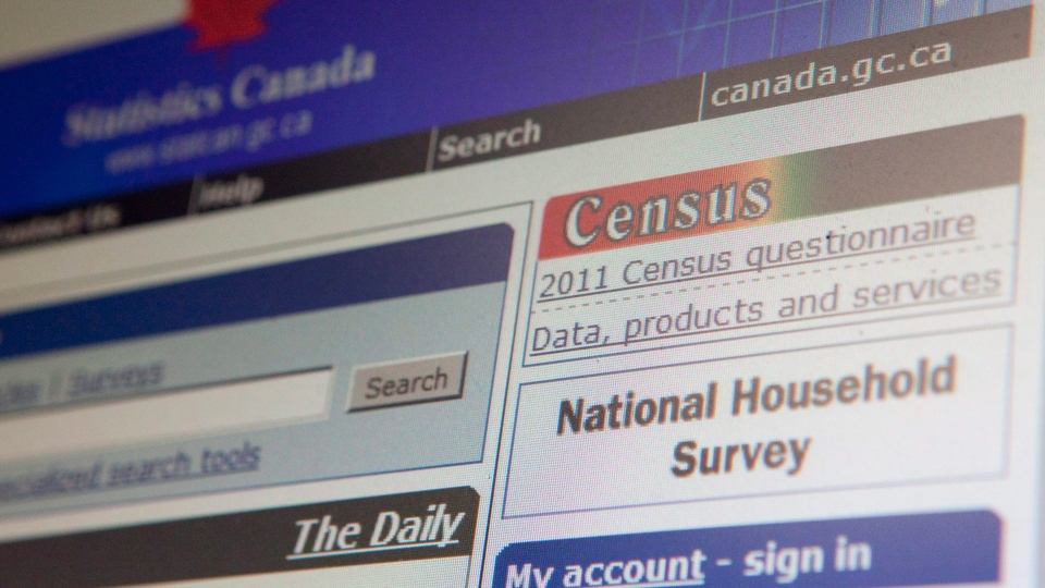 The Statistics Canada website displays links to the 2010 and 2006 Census in Ottawa on Wednesday, Sept. 29, 2010. (Sean Kilpatrick / THE CANADIAN PRESS)