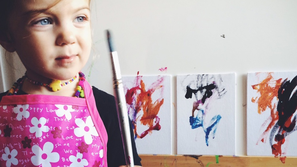 Cosette Swart sells her paintings to raise money for families in need all over the world. (Photo from cosetteart.com)